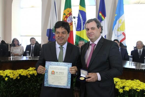 Alberto Ferreira Costa Filho e o Ministro Mendonça Filho. Credito: Julio Jacobina/DP