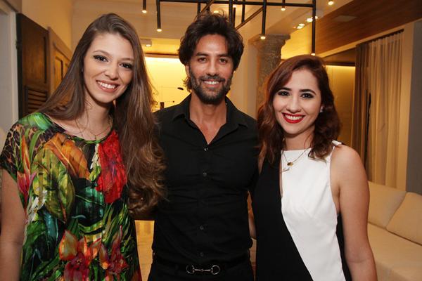 Rayanna Almeida, André Carício e Luiza Monteiro - Crédito: Roberto Ramos/DP