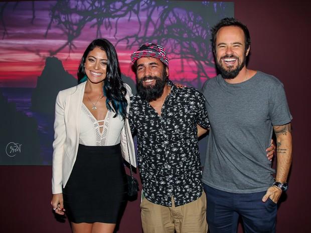 Carol Castro, Iaponã e Paulinho Vilhena em São Paulo - Crédito: Reprodução do Instagram