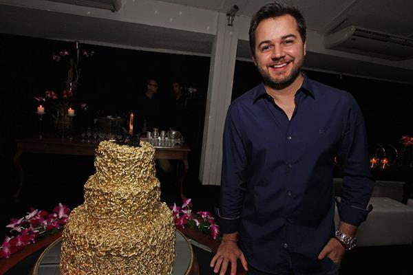 Heracliton Diniz comemorou seus 36 anos com festa no Petit Comité - Crédito: Roberto Ramos/DP