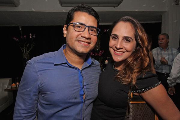 Ulisses Souza e Nara Bivar - Crédito: Roberto Ramos/DP