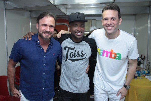 Waldemar Valente, Thiaguinho e Augusto Acioli - Crédito: Luiz Fabiano/Divulgação