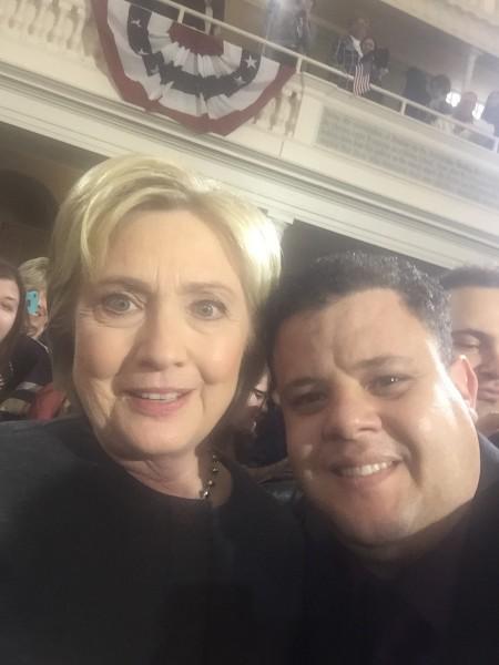 Hillary Clinton e Dário Galvão - Crédito: Arquivo pessoal