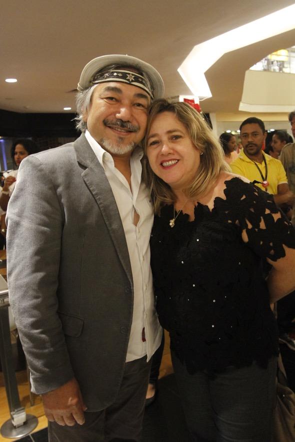 Santanna e a esposa Laelma Carvalho. Crédito: Ricardo Fernandes / DP