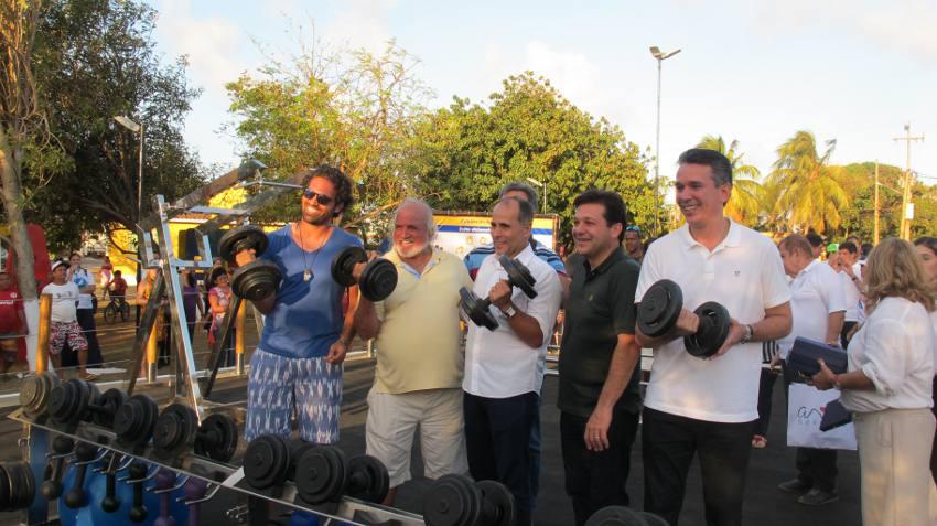 Os atletas Tuca e José Maria Sukltanum, Luiz eduardo Antunes, Geraldo Julio e Felipe Carreras