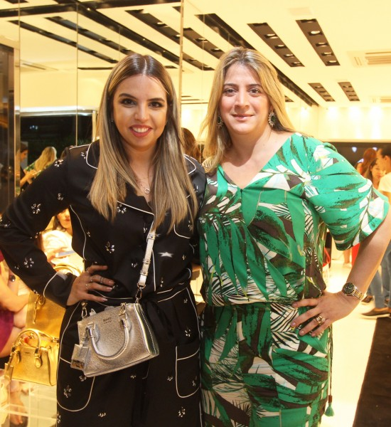 Juliana Pontes e Manoela Soares - Crédito: Nando Chiappetta/DP