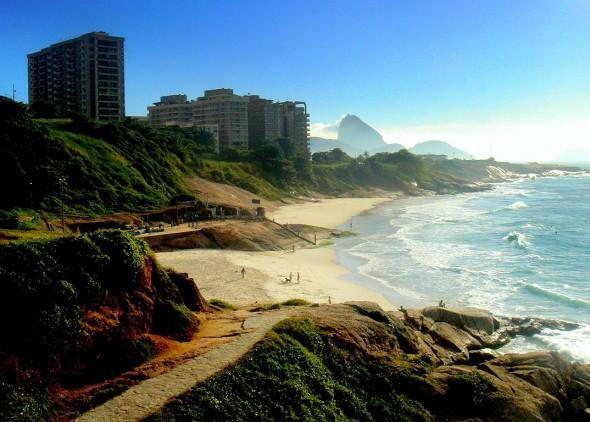 Arpoador - Rio de Janeiro. Crédito: Reprodução/ arpoadorriodejaneiroporreveillonriodejaneiro.com.br