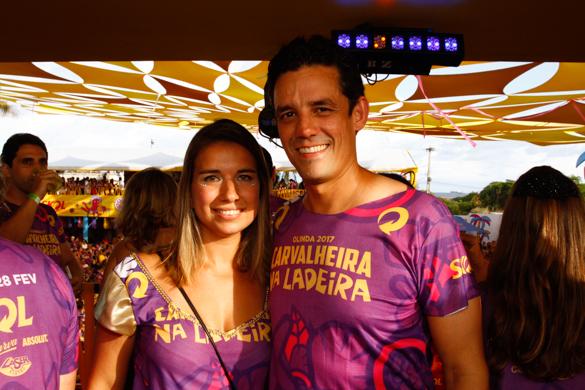 Daniel Coelho e a esposa, Rebeca Coelho.- Credito: Rafael Martins/ Esp. DP