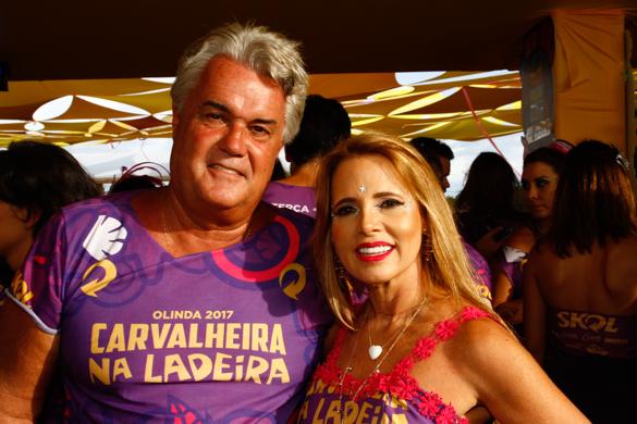 Andre Campos e a esposa, Virginia Campos. Credito: Rafael Martins/ Esp. DP