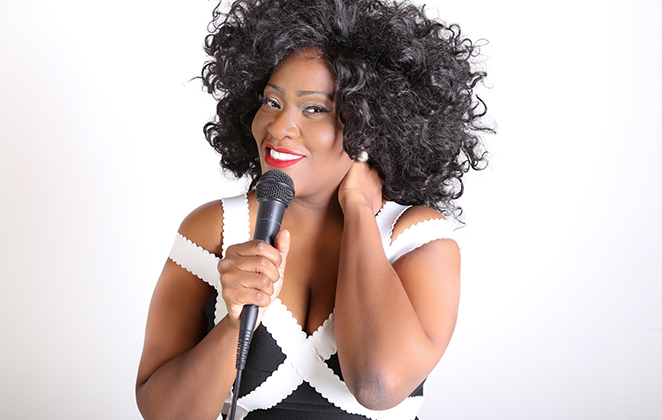 Vanessa Jackson faz show em homenagem à Whitney Houston - Crédito: Divulgação/Renan Tyga