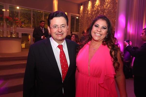 Antonio Campos e Luciana Hazin - Crédito: Nando Chiappetta/DP