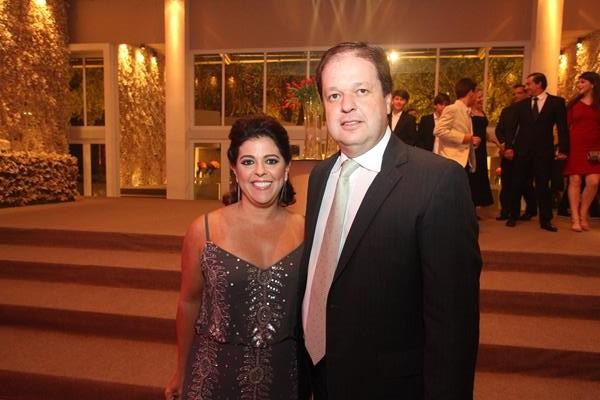Isabela Coutinho e Stenio Neiva - Crédito: Nando Chiappetta/DP