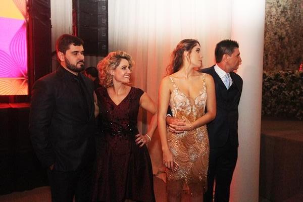 Thales, Sandra, Elora e José Janguie - Crédito: Nando Chiappetta/DP