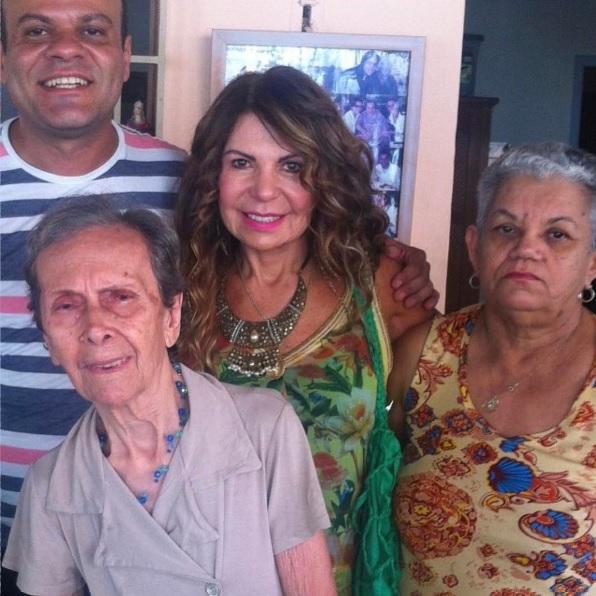 Elba em visita a Casa do Amor - Crédito: Reprodução/Instagram/rolimdaniel