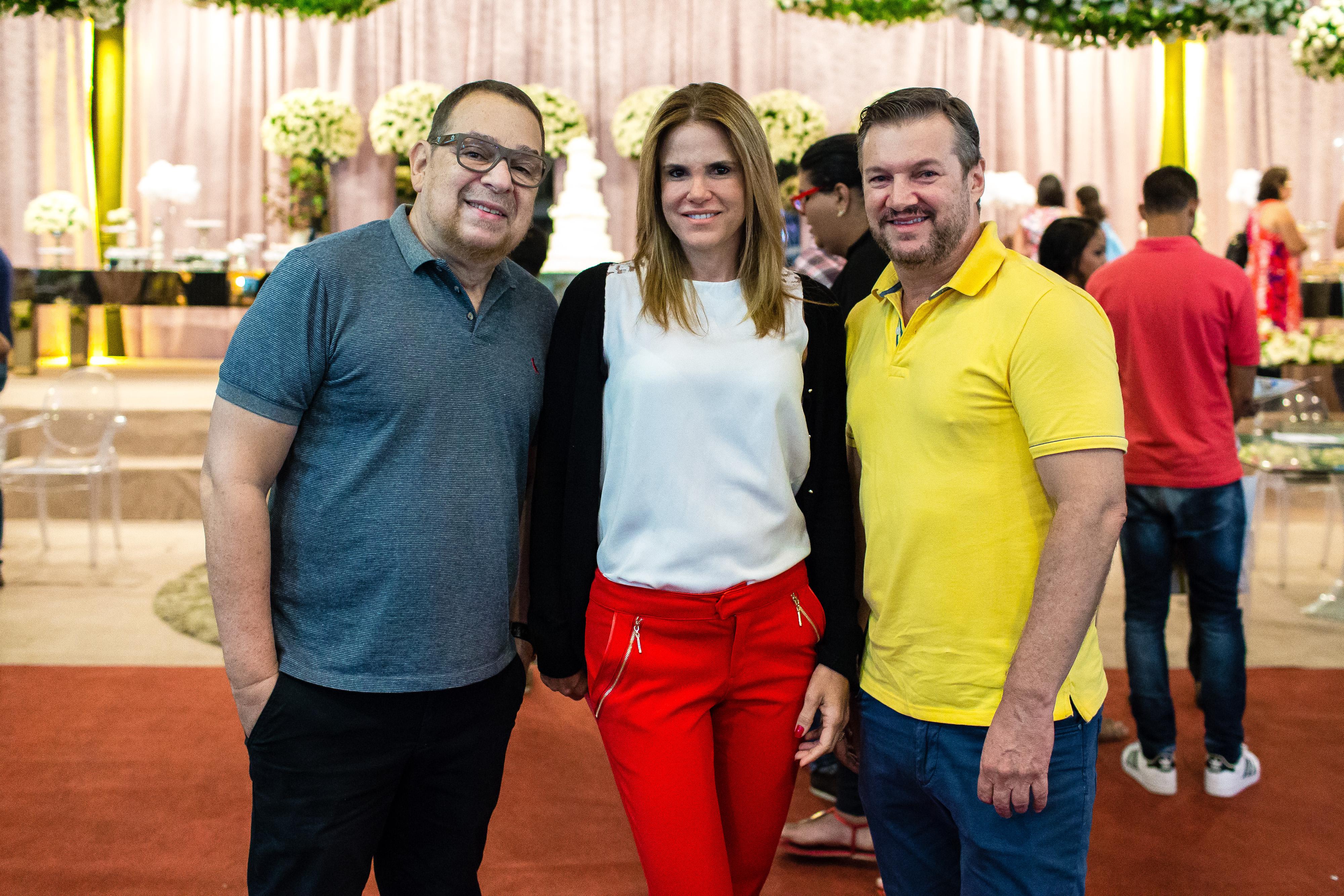 Os organizadores Jairo Kelner, Taciana Galvão e Daniel Sierra - Crédito: Divulgação