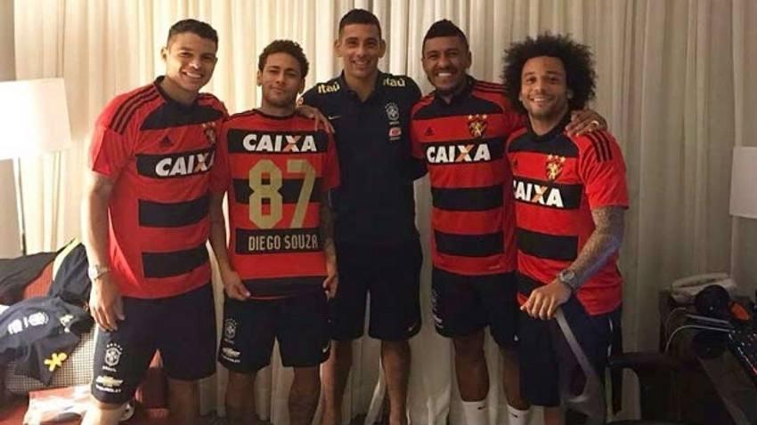 """Diego Souza e os novos """"contratados"""" do Sport/Reprodução"""