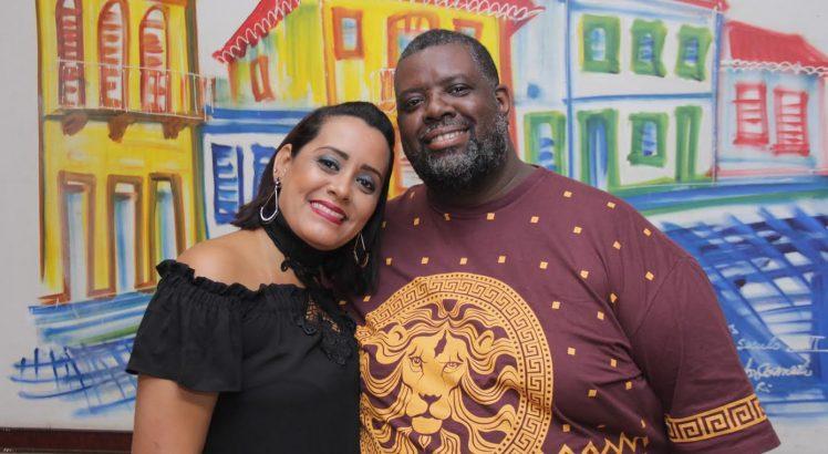 Lidiane Santos e Péricles trocam o sim em cerimônia dia 30 de julho, em Leda Dourado Recepções - Crédito: Arquivo pessoal