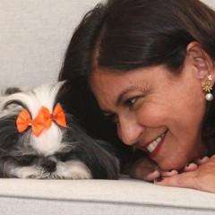 """""""Ela trouxe um amor incondicional para nossa família"""", disse Mônica Silveira sobre a cachorrinha Pippa"""