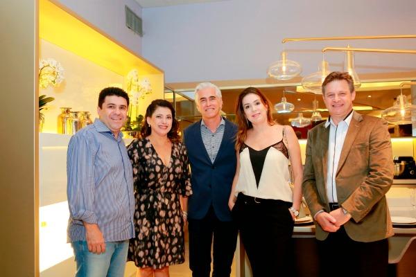 Edmilson e Rozani Valino com Romero e Patrícia Duarte e Nereu Conzatti - Crédito: Marcelo Marona