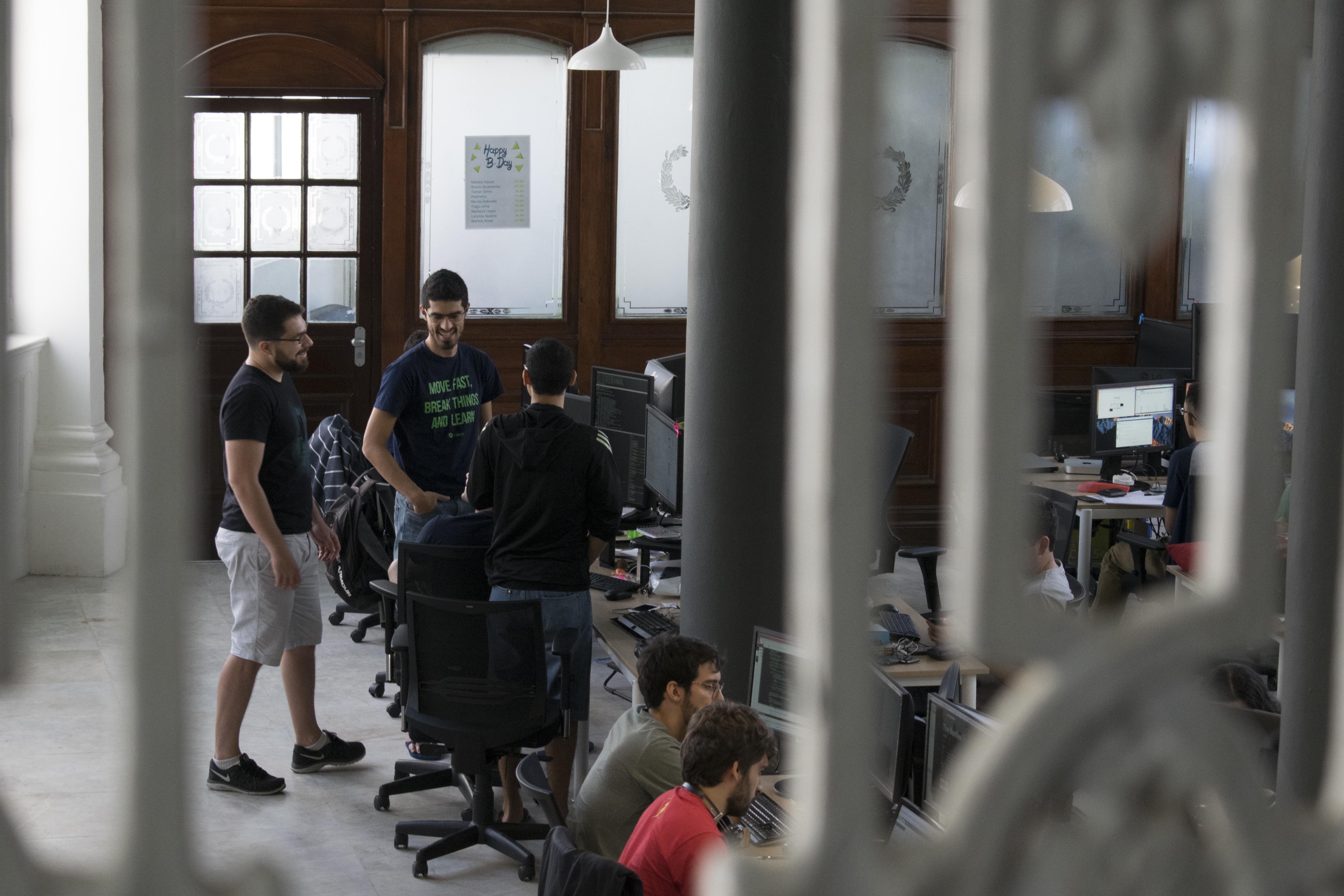 Além de André, mais sete sócios compõem a startup - Crédito: Divulgação