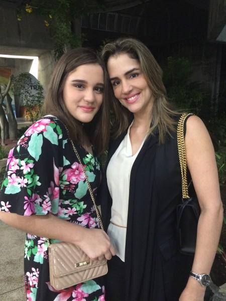 Maria Beatrice e Sofia Meirelles - Crédito: Marilia Gouveia/Esp. DP