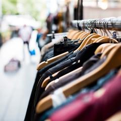 Bazar do Bem conta com itens de grife no Shopping Guararapes
