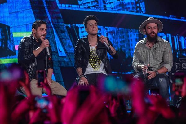 Jefferson Moraes com Jorge e Mateus - Crédito: Divulgação