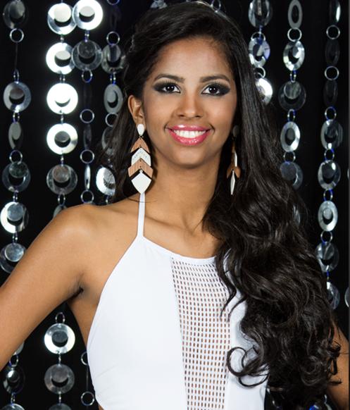 Miss Carpina: Marília Tavares, 20 anos, 1,69m - Crédito: Valmir Lira