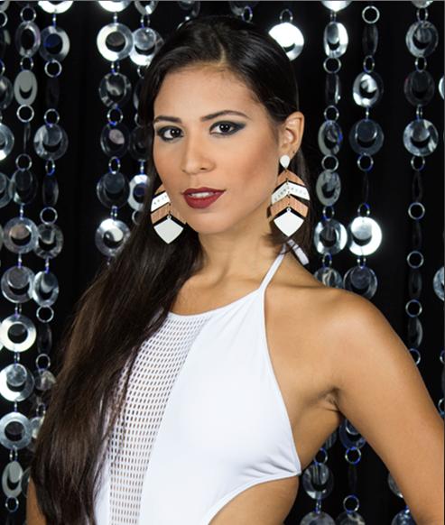 MISS POMBOS: Karoline Maciel, 22 anos, 1,74m - Crédito: Valmir Lira