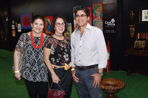 Lucila Guimarães, Solange Costa e Felipe Mendonça - Crédito: Ricardo Fernandes/DP
