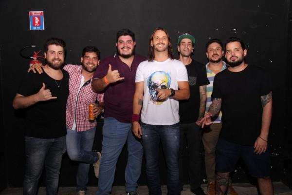 Produção do evento com Tato do Falamansa. - Crédito: Lara Valença/Divulgação