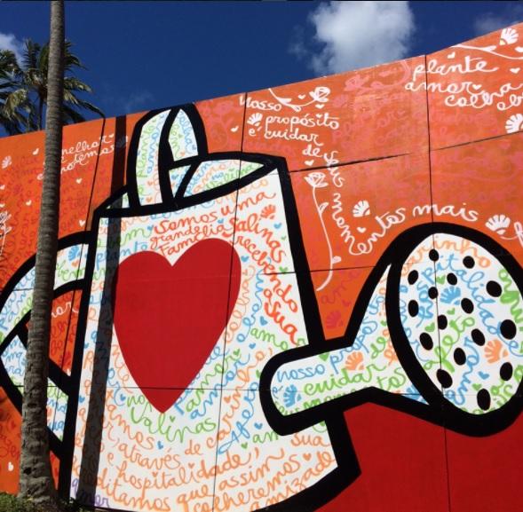 O artista pintou recentemente um mural com mais de 350m² - Crédito: Reprodução/Instagram
