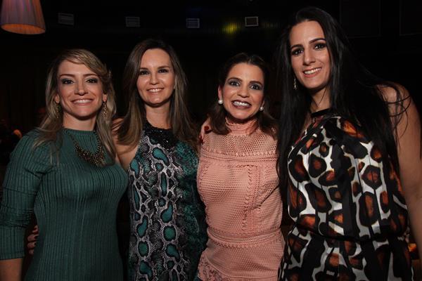 Carol Neves, Carol Priori, Lorenna Agra e Patrícia Maia - Crédito: Roberto Ramos / DP