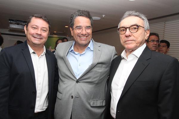 Na foto - Giovanni di Carlli, Alexandre Rands e Alfrizio Melo.  Crédito: Nando Chiappetta/Divulgação