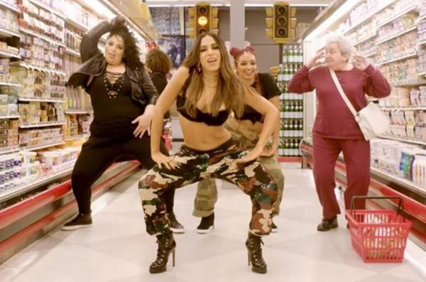 Cena do clipe de Anitta da música Paradinha - Crédito: Reprodução / YouTube