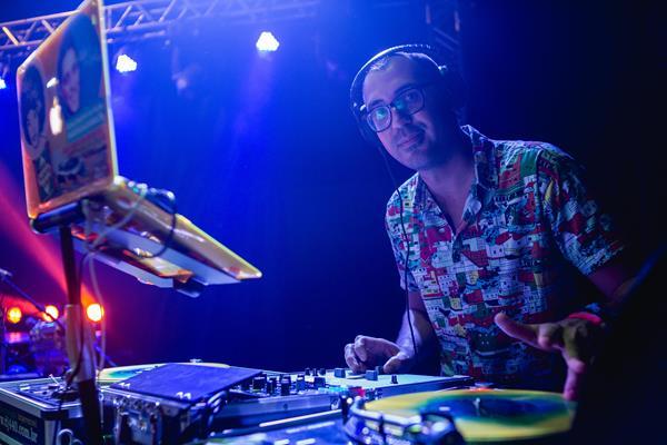 DJ 440 - Crédito: Lara Valença