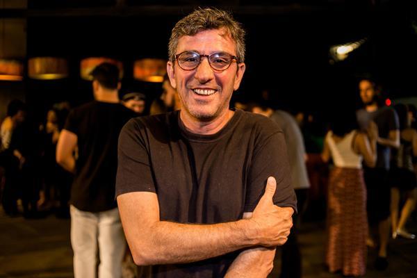 Felipe Cabral, um dos sócios do Baile Perfumado - Crédito: Lara Valença