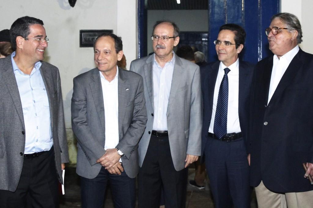 Alexandre Rands, Marcelino Granja, Francisco Dacal, Mauricio Rands e José Paulo Cavalcanti - Crédito: Ricardo Fernandes/DP