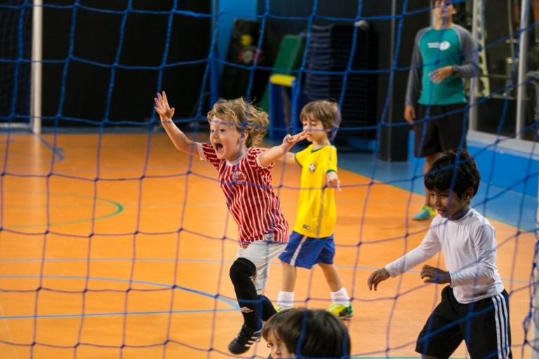 Colônia de férias da Cia Athletica tem atividades esportivas, de arte e até culinária - Crédito: Divulgação/Cia Athletica