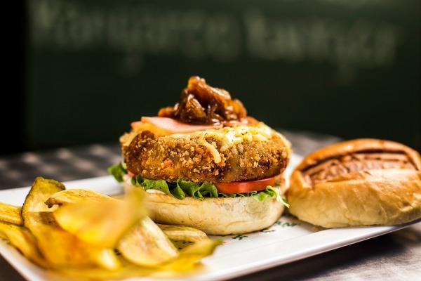Hambúrguer vegetariano - Crédito: Divulgação / Kooala