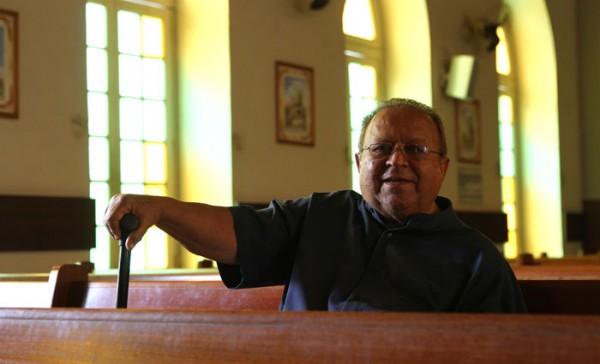Padre Edwaldo se dedicou por 46 anos à igreja de Casa Forte - Crédito: Paulo Paiva/DP