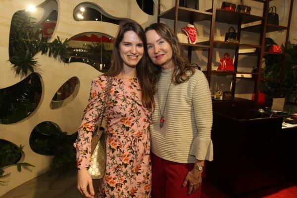 Bruna e Elizabete Tavares de Melo - Crédito: Nando Chiappetta/DP