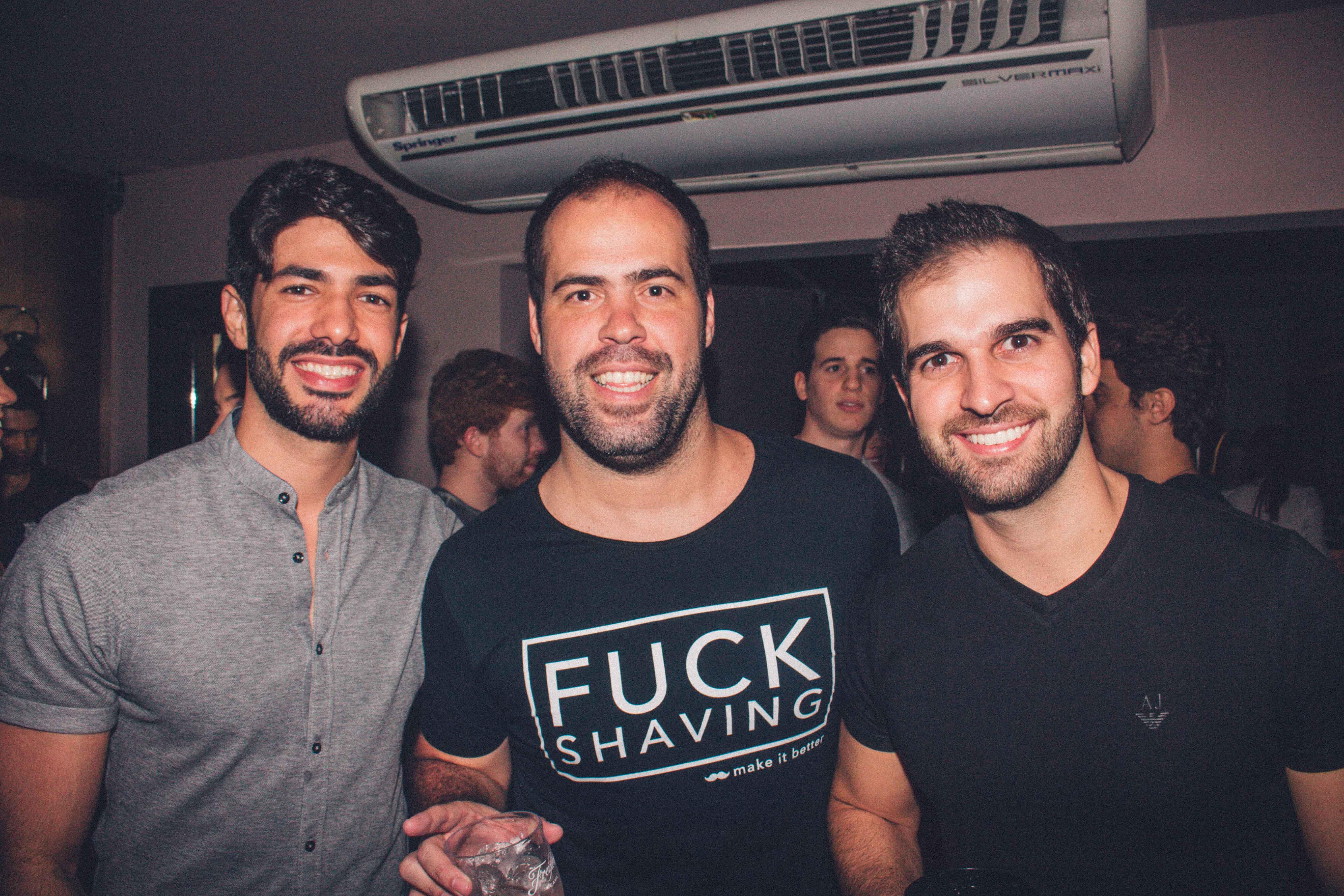 Victor Gama, Thiago Cavalcanti e Arthur Queiroz - Crédito: André Valença/Divulgação