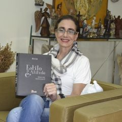 Mônica Ayub lança livro sobre moda no RioMar