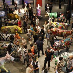 Coquetel de lançamento da CowParade Recife reuniu artistas no Armazém 14