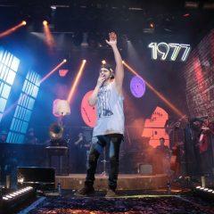 Luan Santana lançou nova música no Recife, Check in, e relembrou sucessos da carreira