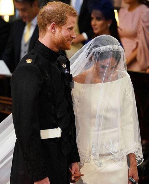 Príncipe Harry E Meghan Markle Agora São Duque E Duquesa