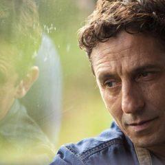 Tuca Andrada fala carreira, filme e espetáculo que encena no Recife