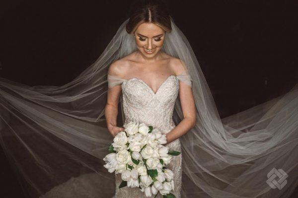 4ec72c834 Comprar ou alugar o vestido de noiva? Roteiro com estilistas e lojas ...