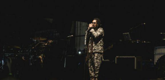 Em show de despedida, O Rappa canta clássicos e homenageia Luiz Gonzaga